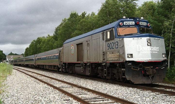 800px-Downeaster_Consist