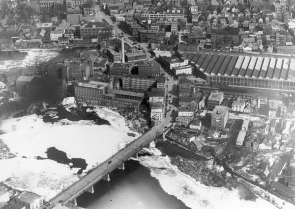 Lewiston Falls Pollution (Androscoggin Historical Society)